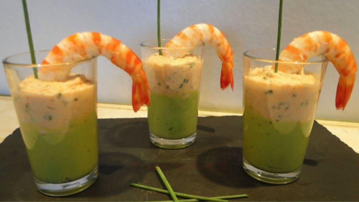 Verrines de mousse d'avocats et crème de crevettes
